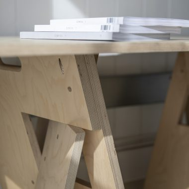 pull-apart trestle table in birch ply